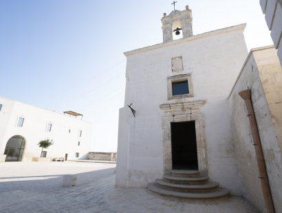 Masseria Amastuola: chiesetta nella corte interna