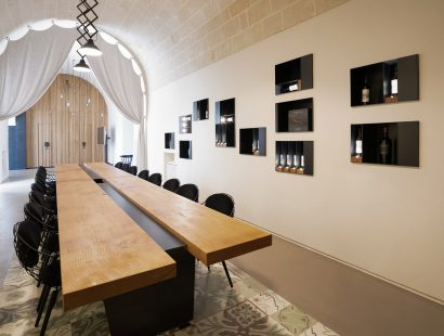 Masseria Amastuola: sala degustazione